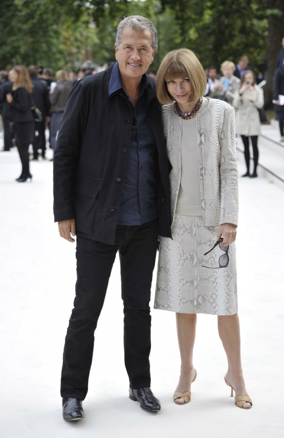mario-testino-anna-wintour-at-the-burberry-prorsum-spring-summer-2013-show