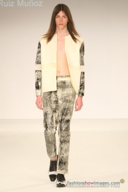 graduate-fashion-week-2014-international-catwalk-competition-107
