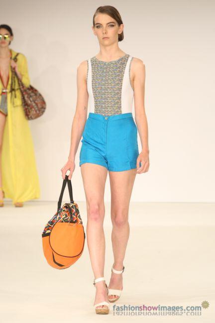 graduate-fashion-week-2014-international-catwalk-competition-124