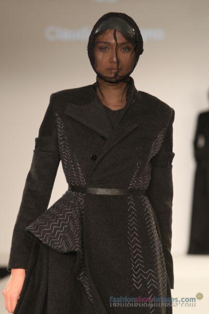 graduate-fashion-week-2014-international-catwalk-competition-155