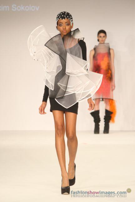 graduate-fashion-week-2014-international-catwalk-competition-185