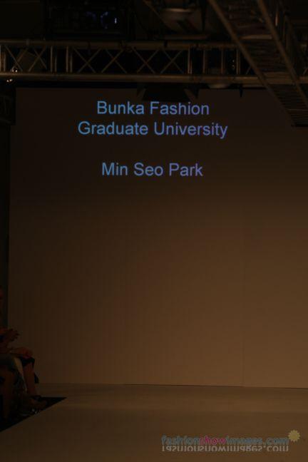 graduate-fashion-week-2014-international-catwalk-competition-31