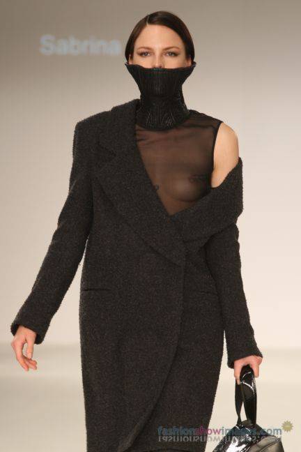 graduate-fashion-week-2014-international-catwalk-competition-4