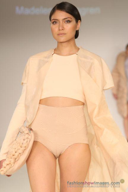 graduate-fashion-week-2014-international-catwalk-competition-52
