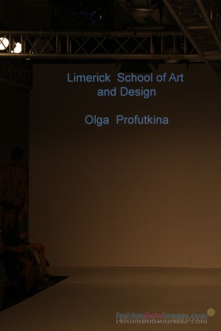 graduate-fashion-week-2014-international-catwalk-competition-60