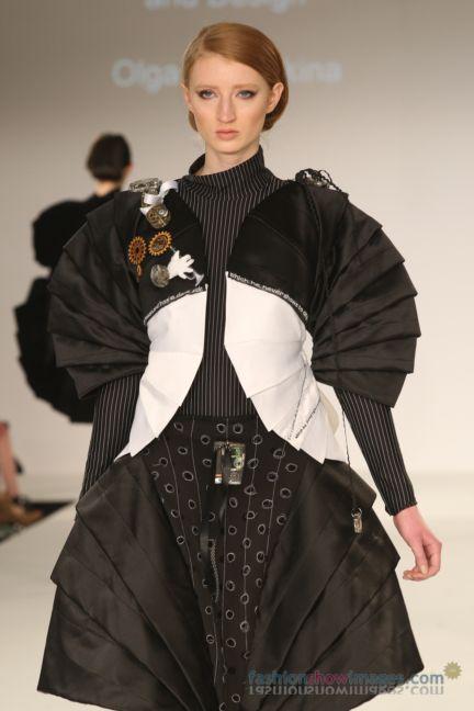graduate-fashion-week-2014-international-catwalk-competition-64