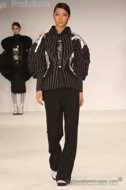 graduate-fashion-week-2014-international-catwalk-competition-67