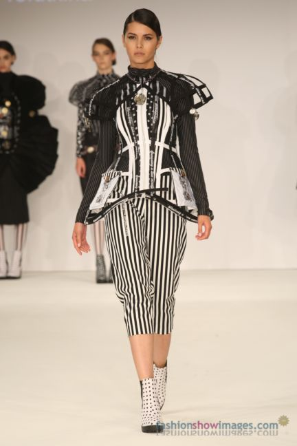 graduate-fashion-week-2014-international-catwalk-competition-69