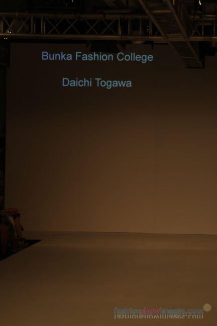 graduate-fashion-week-2014-international-catwalk-competition-75