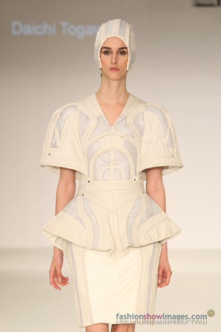 graduate-fashion-week-2014-international-catwalk-competition-77
