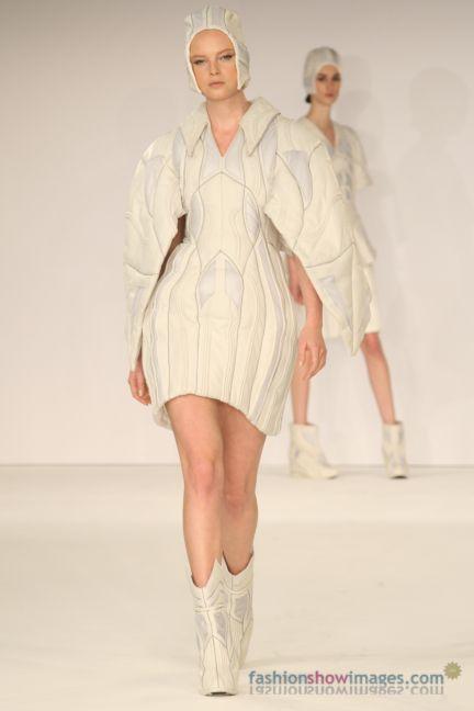graduate-fashion-week-2014-international-catwalk-competition-80