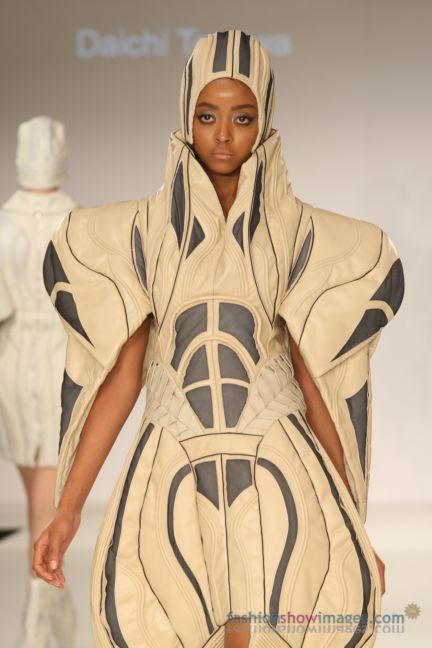 graduate-fashion-week-2014-international-catwalk-competition-83