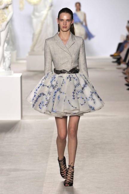 giambattista-valli-haute-couture-aw13-look-11