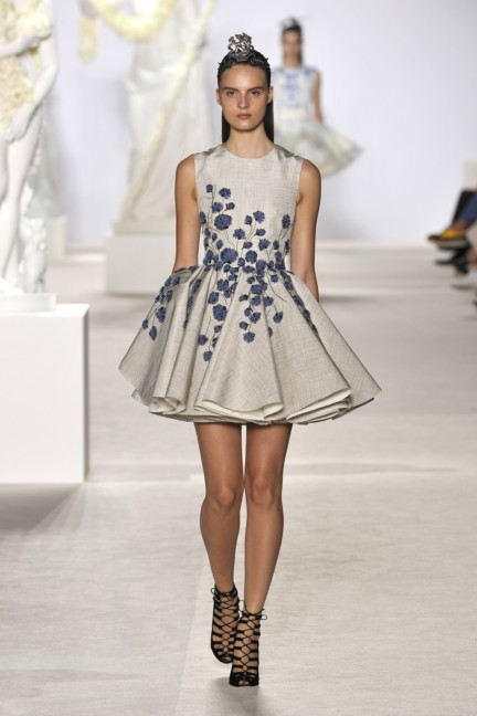 giambattista-valli-haute-couture-aw13-look-13