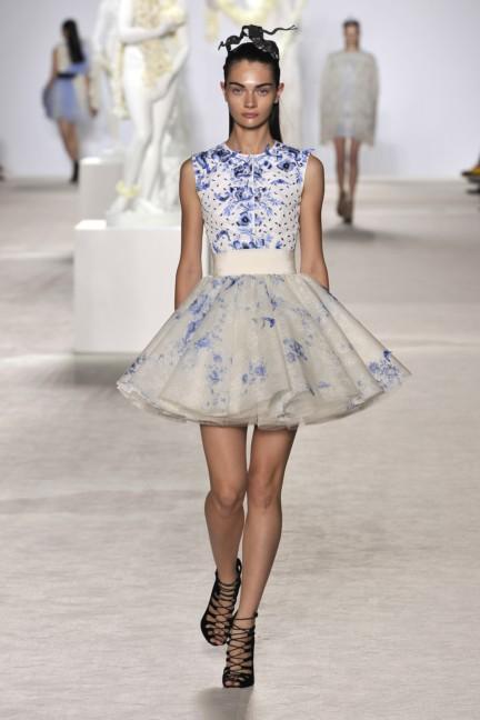 giambattista-valli-haute-couture-aw13-look-14