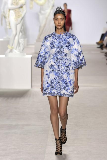 giambattista-valli-haute-couture-aw13-look-16