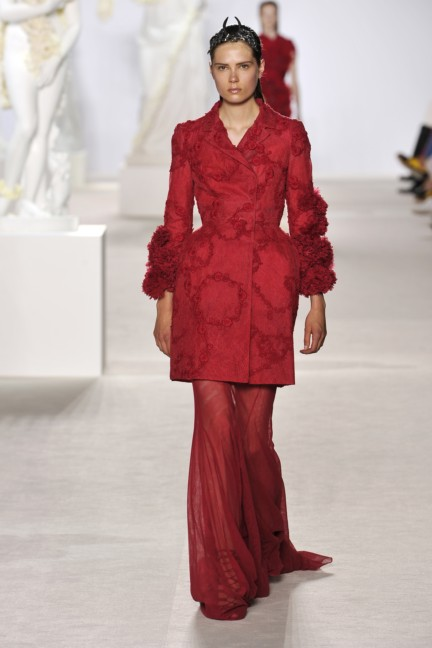 giambattista-valli-haute-couture-aw13-look-19