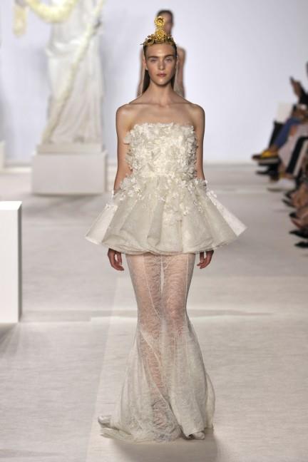 giambattista-valli-haute-couture-aw13-look-23
