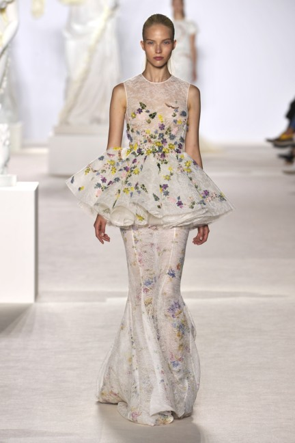 giambattista-valli-haute-couture-aw13-look-26