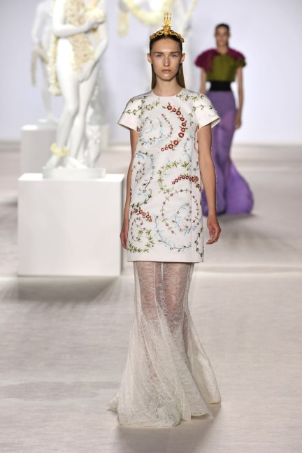giambattista-valli-haute-couture-aw13-look-27