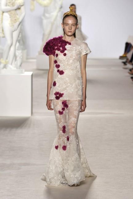 giambattista-valli-haute-couture-aw13-look-31