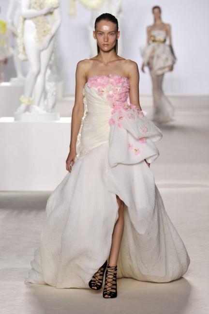 giambattista-valli-haute-couture-aw13-look-34