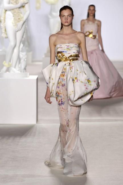 giambattista-valli-haute-couture-aw13-look-35
