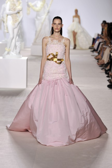 giambattista-valli-haute-couture-aw13-look-36