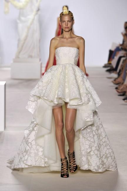 giambattista-valli-haute-couture-aw13-look-37