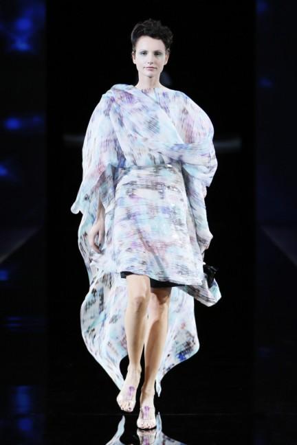giorgio-armani-womenswear-ss14-07