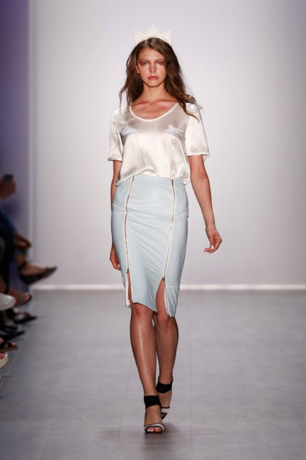 glaw-mercedes-benz-fashion-week-berlin-spring-summer-2015-11