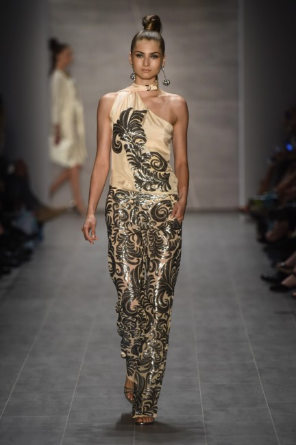 giudo-maria-kretschmer-mercedes-benz-fashion-week-berlin-spring-summer-2015-32