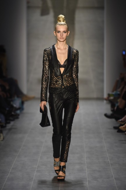 giudo-maria-kretschmer-mercedes-benz-fashion-week-berlin-spring-summer-2015-39