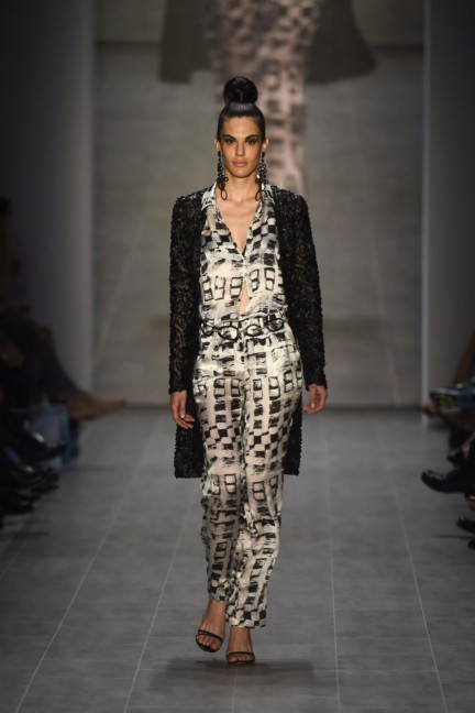 giudo-maria-kretschmer-mercedes-benz-fashion-week-berlin-spring-summer-2015-43