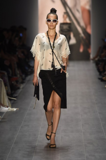 giudo-maria-kretschmer-mercedes-benz-fashion-week-berlin-spring-summer-2015-58