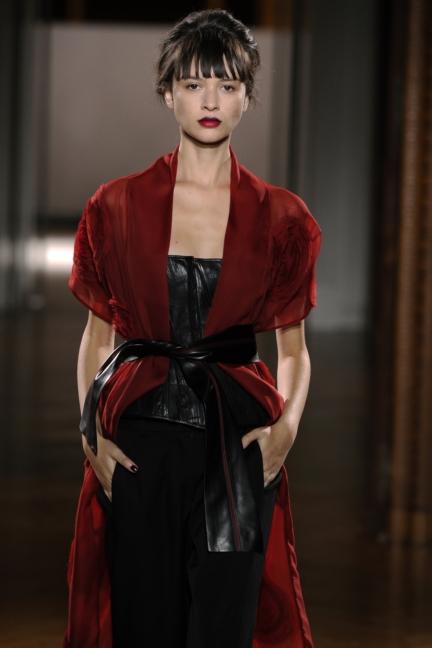 atelier-gustavolins-paris-haute-couture-spring-summer-2015-154