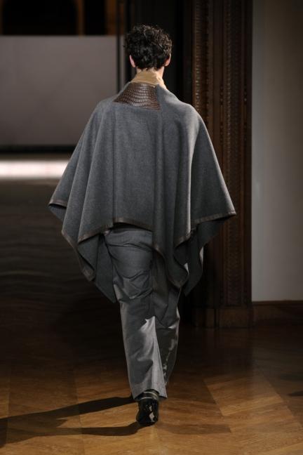 atelier-gustavolins-paris-haute-couture-spring-summer-2015-24