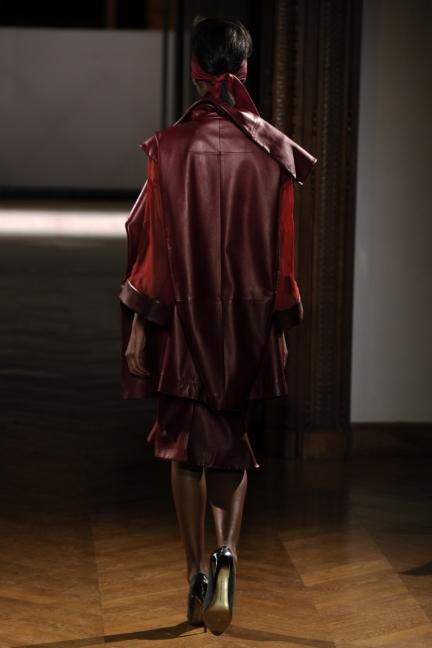 atelier-gustavolins-paris-haute-couture-spring-summer-2015-34