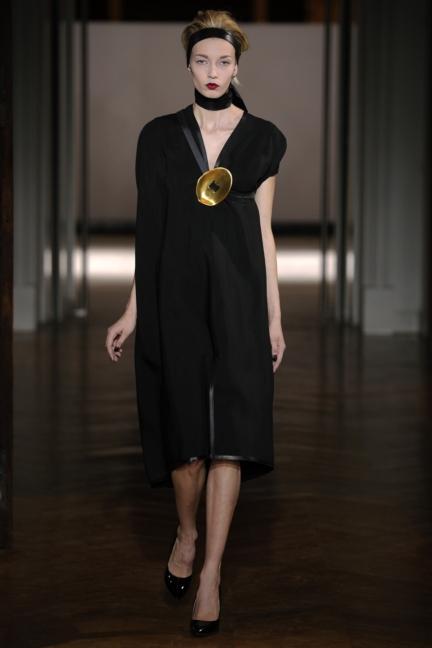 atelier-gustavolins-paris-haute-couture-spring-summer-2015-81