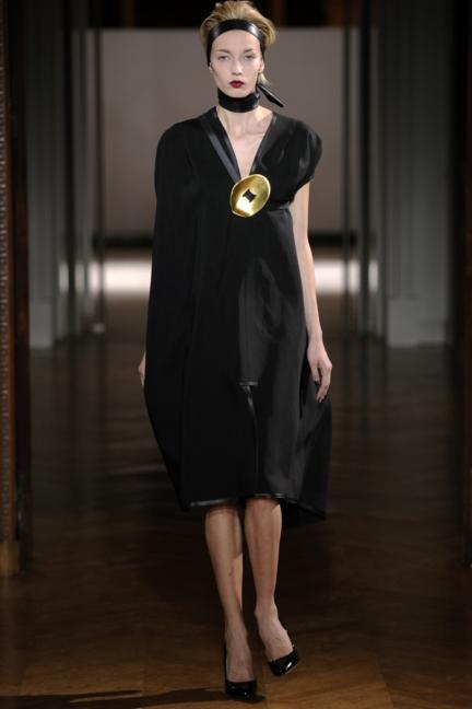 atelier-gustavolins-paris-haute-couture-spring-summer-2015-82