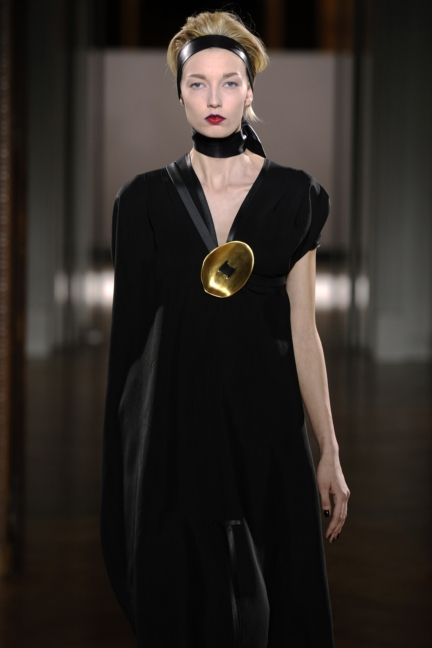 atelier-gustavolins-paris-haute-couture-spring-summer-2015-84