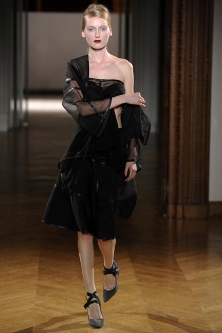 atelier-gustavolins-paris-haute-couture-spring-summer-2015-94