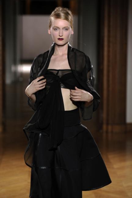 atelier-gustavolins-paris-haute-couture-spring-summer-2015-95