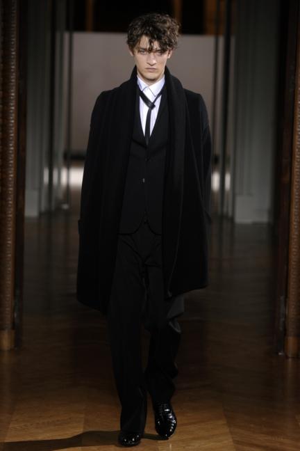 atelier-gustavolins-paris-haute-couture-spring-summer-2015-98