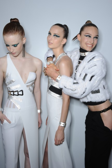 versace-haute-couture-autumn-winter-2014-2015-backstage-126