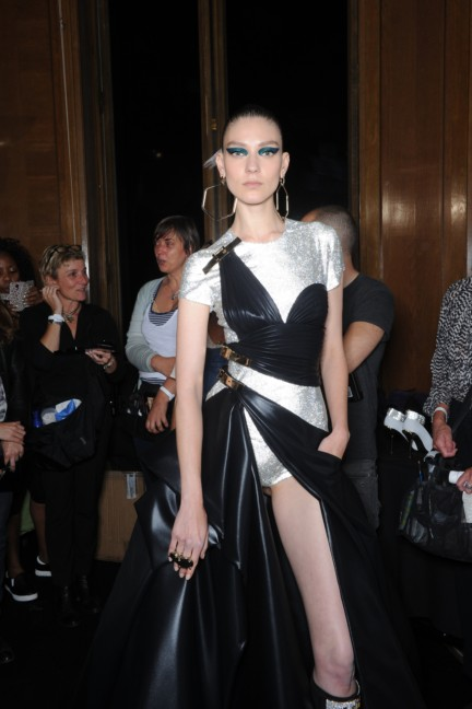 versace-haute-couture-autumn-winter-2014-2015-backstage-140