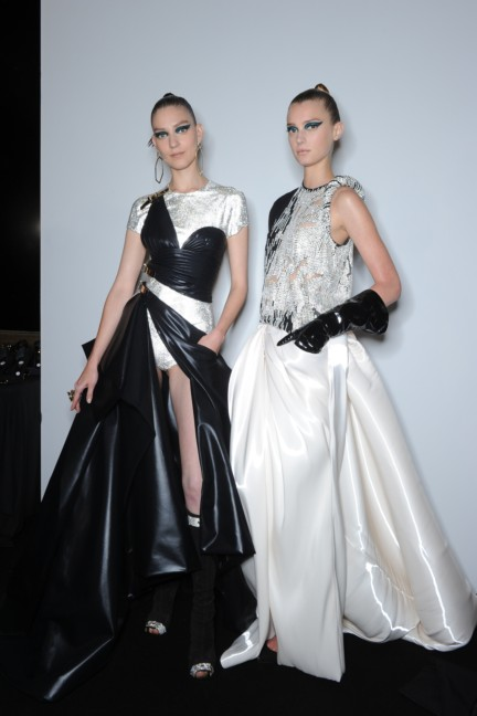 versace-haute-couture-autumn-winter-2014-2015-backstage-144