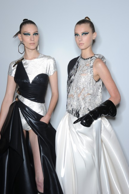 versace-haute-couture-autumn-winter-2014-2015-backstage-145