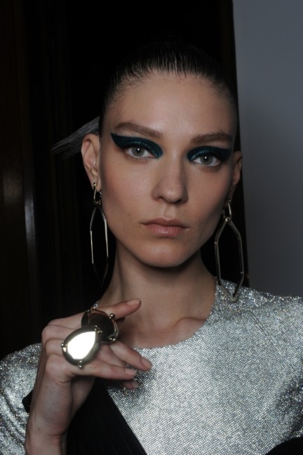 versace-haute-couture-autumn-winter-2014-2015-backstage-152