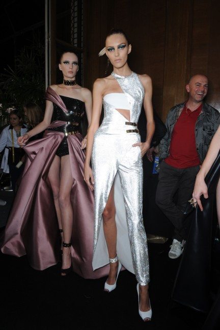 versace-haute-couture-autumn-winter-2014-2015-backstage-158